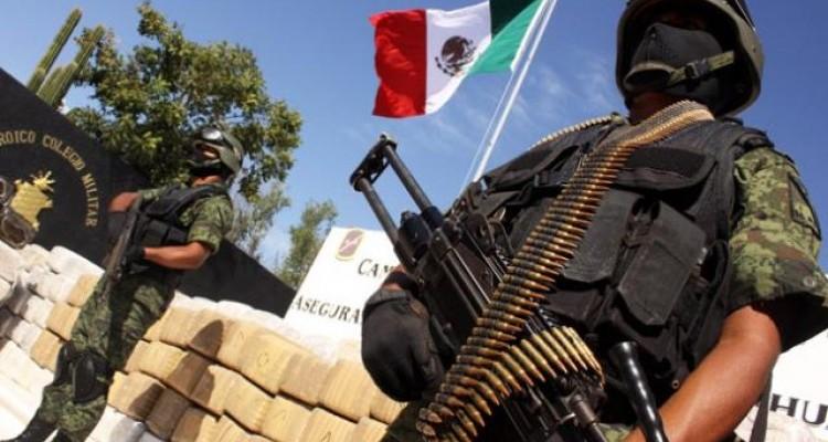 """Vinculan a autoridades mexicanas con """"Los Zetas"""""""