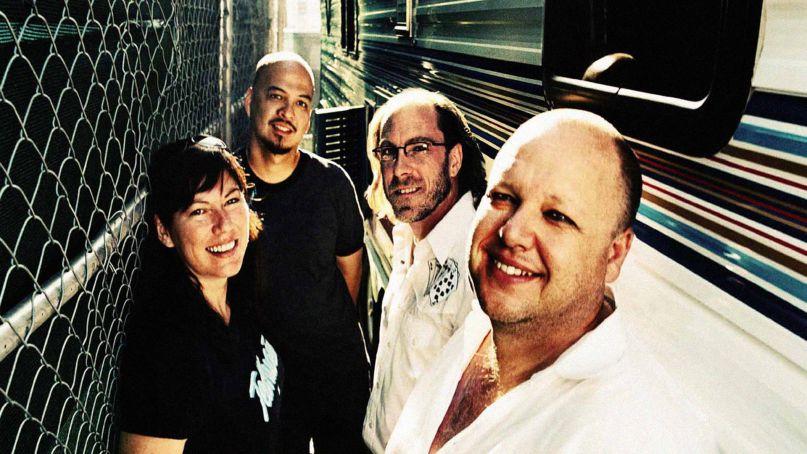 Pixies regresa a México