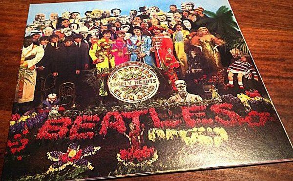 Tin Tan y el día que rechazó salir en la portada del 'Sargent Pepper's Lonely Hearts Club Band'