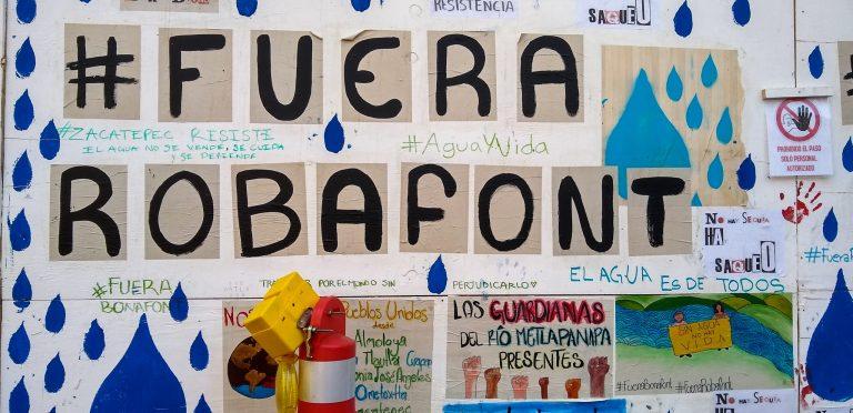 Muro-zocalo-protesta-Anel-Esgua-3-scaled