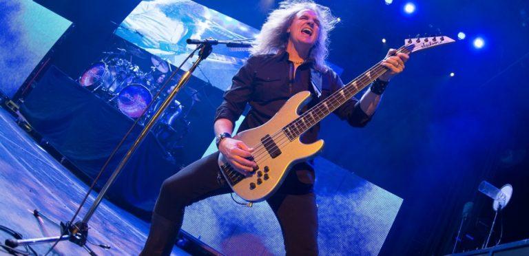 Megadeth separa a Ellefson de su cargo como bajista