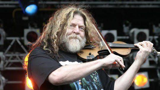 Robert Steinhardt, líder y violinista de la banda Kansas, falleció a los 71 años