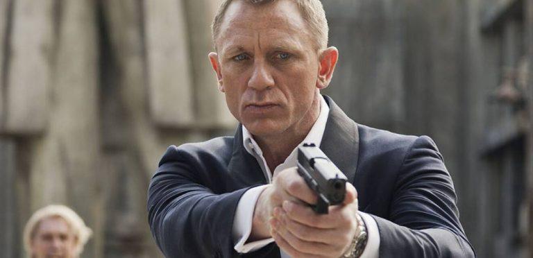 007: 15 canciones roqueras de películas de James Bond que debes oír