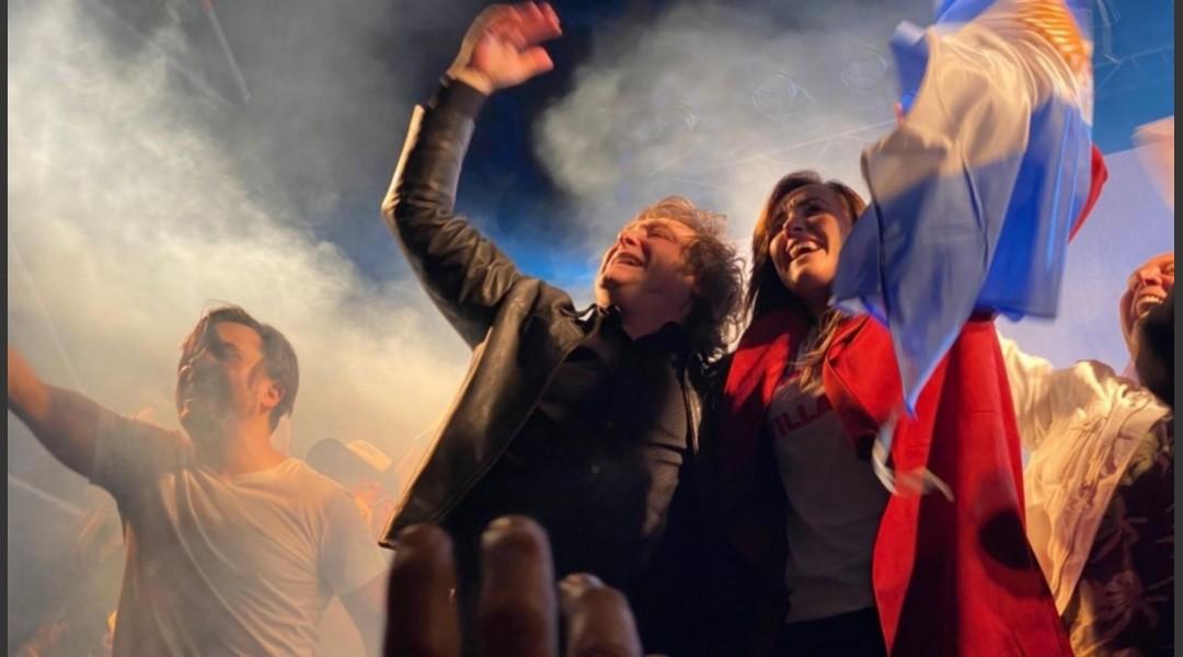 Político cierra campaña con canción de La Renga y estalla la polémica